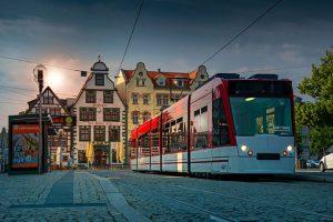 Straßenbahn in Erfurter Altstadt
